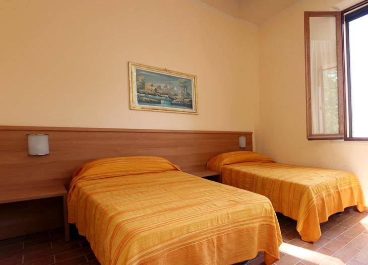 Il-camino-camera-da-letto